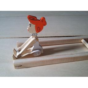 Brinquedo Madeira Trapezista Mané Gostoso Vilma Flintstones