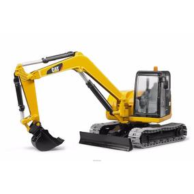 Bruder 02456 - Cat Caterpillar Mini Excavator 1/16