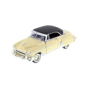 Chevrolet Bel Air 1950 - Escala 1/24 Motormax
