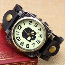 Relógio Masculino Bracelete Couro Punk Rock Caveira Preto M2