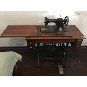 Máquina De Costurar Antiga Singer (completa )