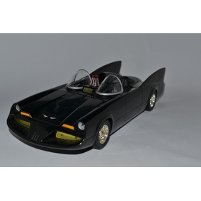 Miniatura Carro Batman Tv Series 23cm Batmóvel