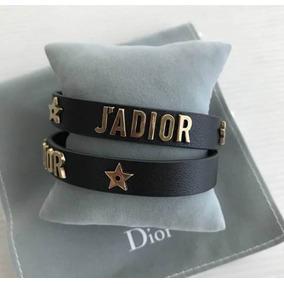 9ece55dd08c Pulseira Cristian Dior Paris Bracelete Couro Branco Dourada - Joias ...