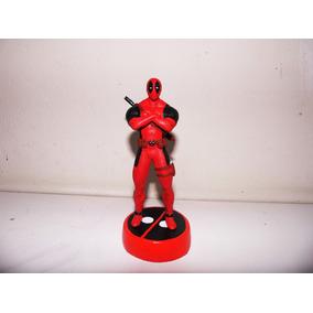 Miniatura Do Deadpool Em Resina Com 15 Cm