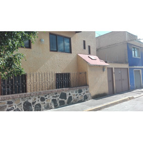 Casa 4 Habitaciones, 2 Baños, 1 Estacionamiento Traspatio