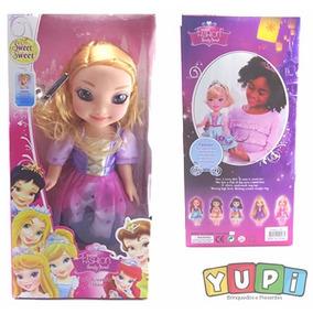 Boneca Princesa Disney Rapunzel Enrolados + Brinde