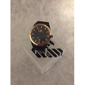 Reloj Emporio Armani Con Fechador Para Caballero Color Negro