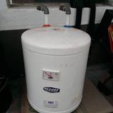 Calentador Electrico De Agua Marca Record 27 Lts