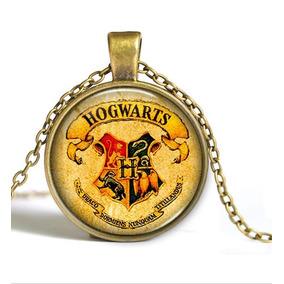 Collar De Hogwarts - Fondo Claro - Harry Potter