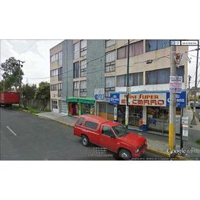Local A 2 Calles De Escuela, Tesorería Y A 5 Del Impetroleo