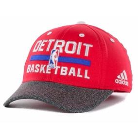 Gorra adidas Detroit Pistons De Niño