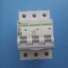 Interruptor Termomagnético Riel Din 3 Polos 40 Amp Iusa