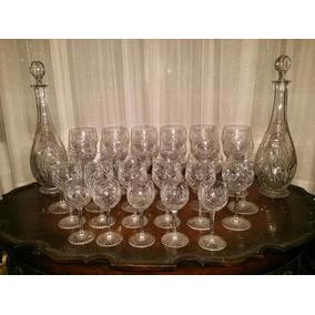 Antiguo Juego De Copas Y Botellones En Cristal Tallado