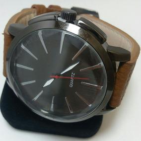 4d880cc13dd Relógio Quartz Masculino Com Pulseira De Couro Preto Esportivo ...