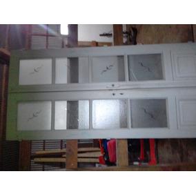 Puertas Antiguas Con Ventiluz Y Herrajes Vidrios Repartidido