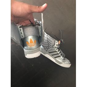 adidas Jeremy Scott Talla Usa 61/2. 39 Talla