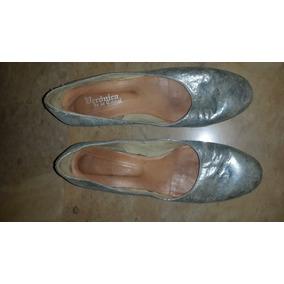 Zapatos Taco Chinp Cuero Tornal Beige Celeste Veronica De La