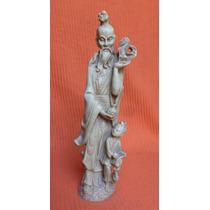 Antigua Estatuilla China
