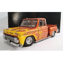 Pickup Chevrolet C-10 1965 Escala 1:18 Sun Star