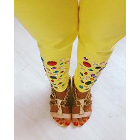 Calça Jeans Amarela Com Pedrarias