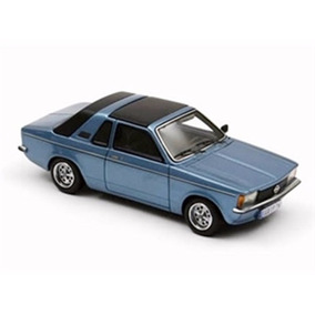 Miniatura De Opel Kadett C Aero 1978 Azul 1:43 Neo Scale