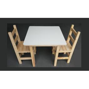 Mesa Infantil Quadrada De Madeira Com 2 Cadeiras Resistente