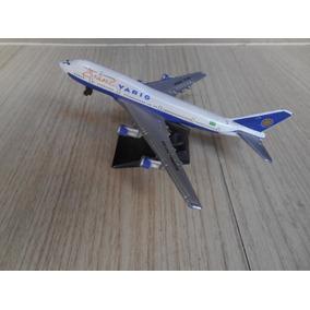 Miniatura Boeing 747-300 Varig