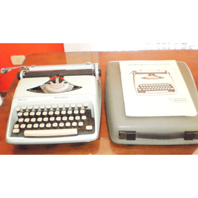 Máquina De Escribir Portátil Importada Rémington