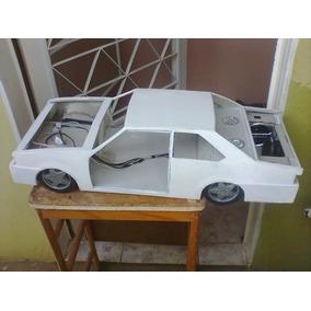 Modelo De Carro De Lata