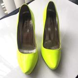 Scarpin Verão Amarelo Neon Fluorescente Tamanho 36