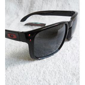 Oculos De Sol Masculino Esportivo Oakley Holbrook - Óculos no ... 93438ab4fd