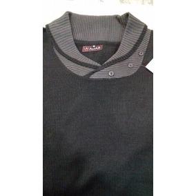 Suéter Negro Extra Extra Grande. Con Escote Cruzado. Outlet