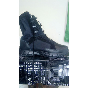 Bota Okley Media Caña Modelo Assault 8