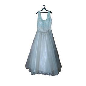 Vestido De Xv Años Aperlado Color Crema (buenas Condiciones)