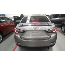 Toyota Yaris R , 2017 ; Te Vendo El Spoiler Deportivo C/stop