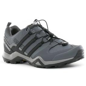 Zapatillas Terrex Swift R2 Gris adidas