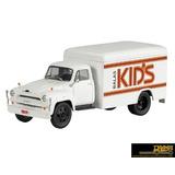 Camiones De Antaño Brasil - Chevrolet C6500 Dulces Kids1/43