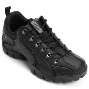 8bf0d088188ae Tênis Para Caminhada - Oakley para Masculino no Mercado Livre Brasil