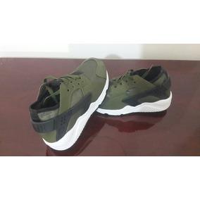 Zapatos Nike Huarache De Niño. Nùmero 32.