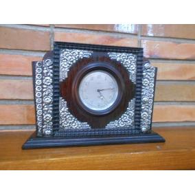 Antigo Relógio De Mesa Savoy Jacarandá C/ Apliques Em Prata