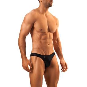 Joe Snyder Bikini 01