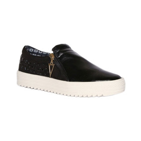 Trender Slip On Color Negro Con Estoperoles 8560005