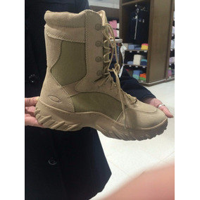 Coturno Oakley Elite Boot Assault 8 Inch Desert Original