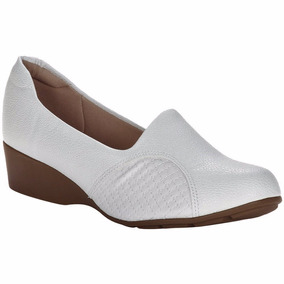 Sapato Branco Feminino Enfermagem Estetica Fechado Saltinho
