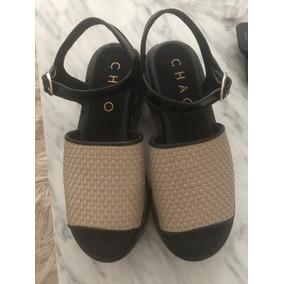 Zapatos De Cuero Con Plataforma Charol Beige Y Negros Chao
