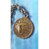 Antigua Medalla Centenario Uruguayc/cadena