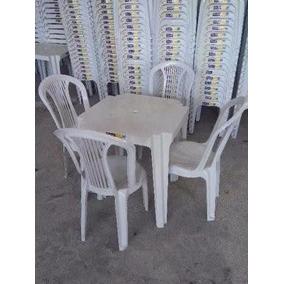 Conjunto De Mesa E Cadeiras De Plástico Bistrô