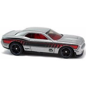15 Dodge Challenger Dty90 48 Muscle Car Hot Wheels 2017 1:64