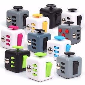 Fidget Cubo Ansiedade Cube Anti Estresse Dedo Apertar