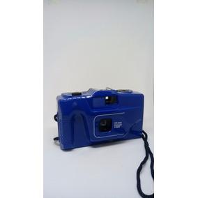 Maquina Fotográfica Antiga Com Alça Alta Analógica Retrô
